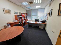 משרדים להשכרה ביבנה